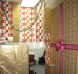 Office Decorations on Christmas Decorating Contest Wonderful For Morale   Golden Practices